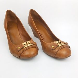 Tory Burch Wedges 10M EUC Leather